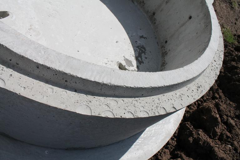 mísa z betonu