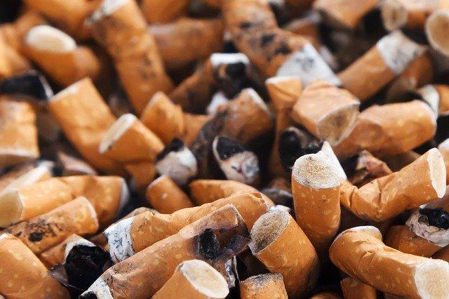 cigaretové nedopalky